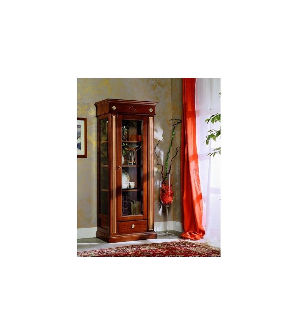 Argentiera classica una porta un cassetto