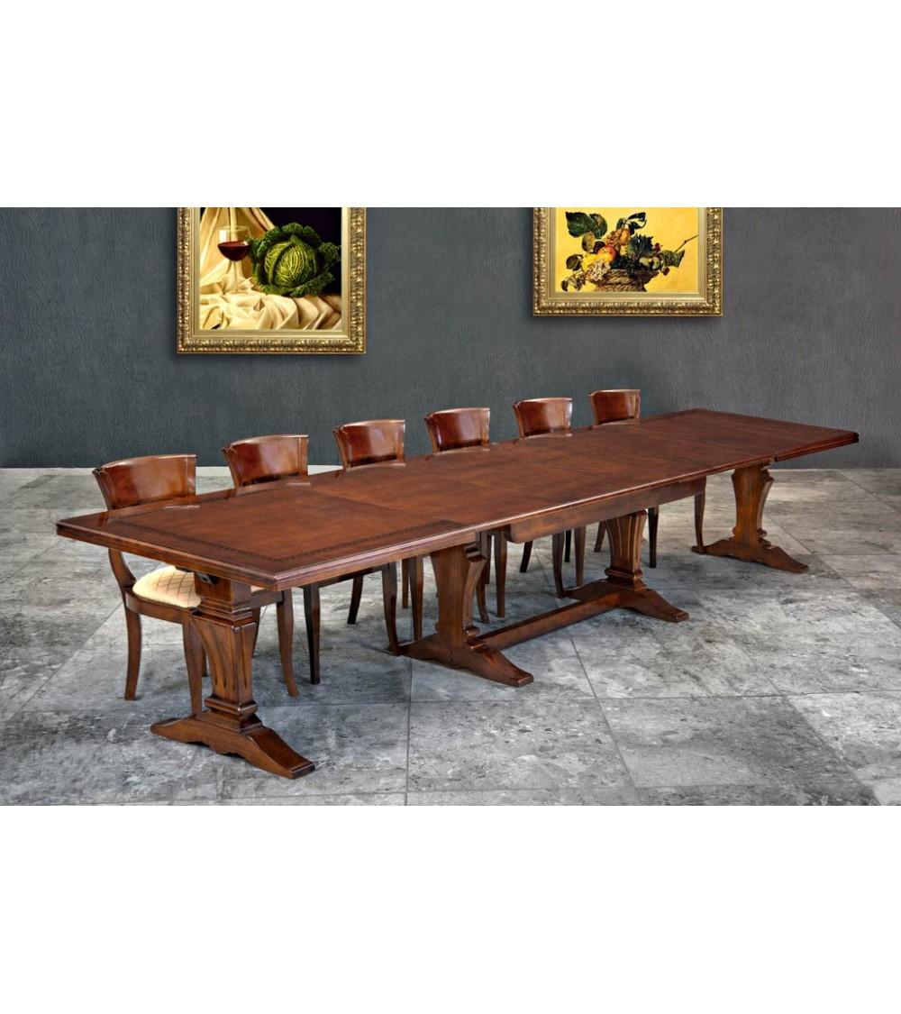 Tavolo classico con greca intarsiata e 4 allunghe finitura Bassano
